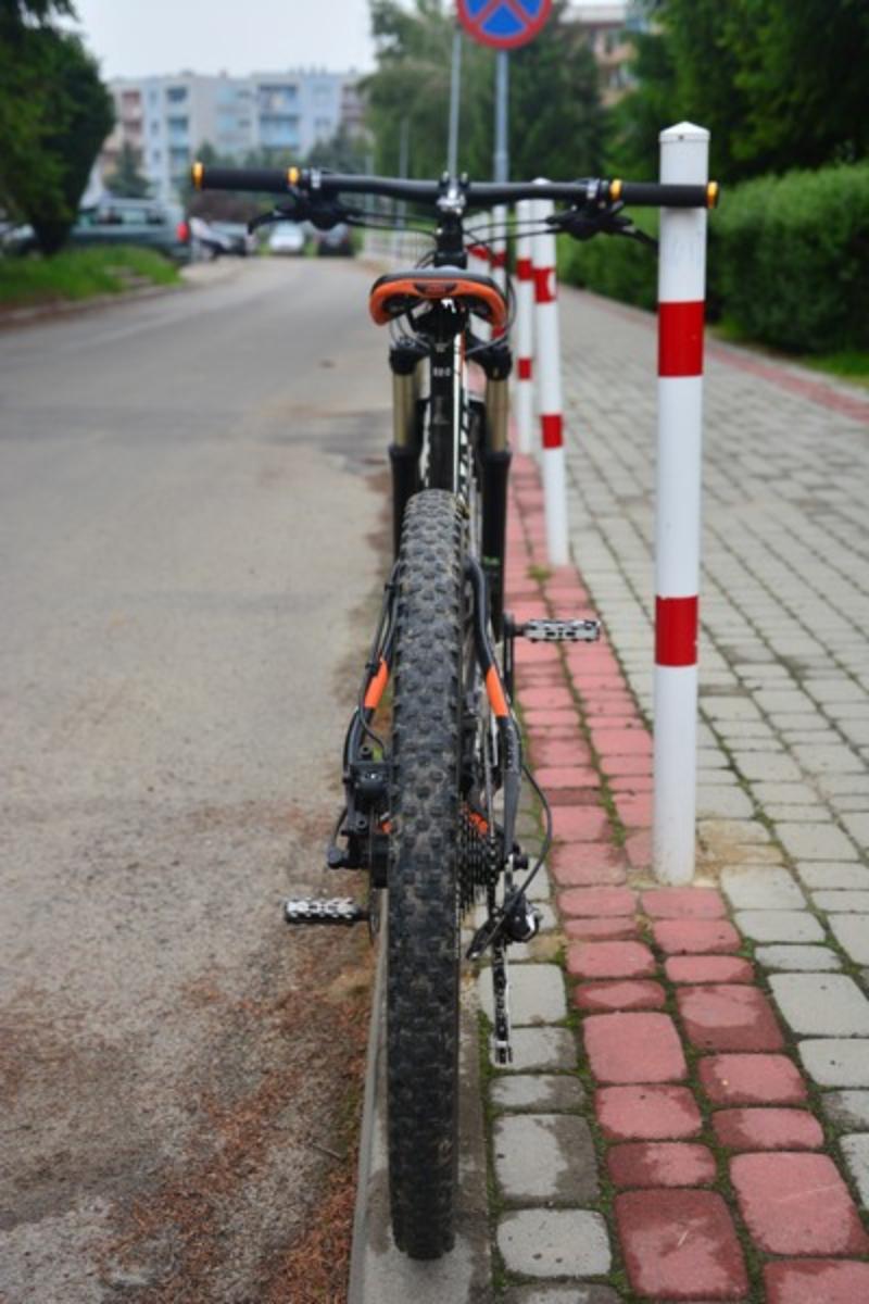 KROSNO. 12-letni rowerzysta uległ wypadkowi podczas jazdy - Zdjęcie główne
