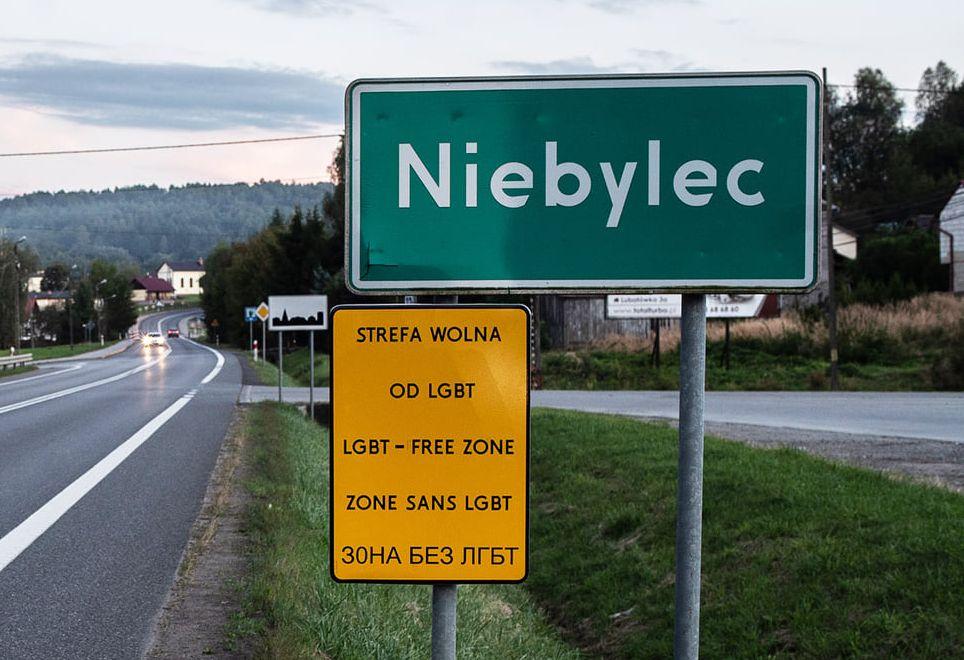 Gmina Niebylec strefą wolną od LGBT!  - Zdjęcie główne