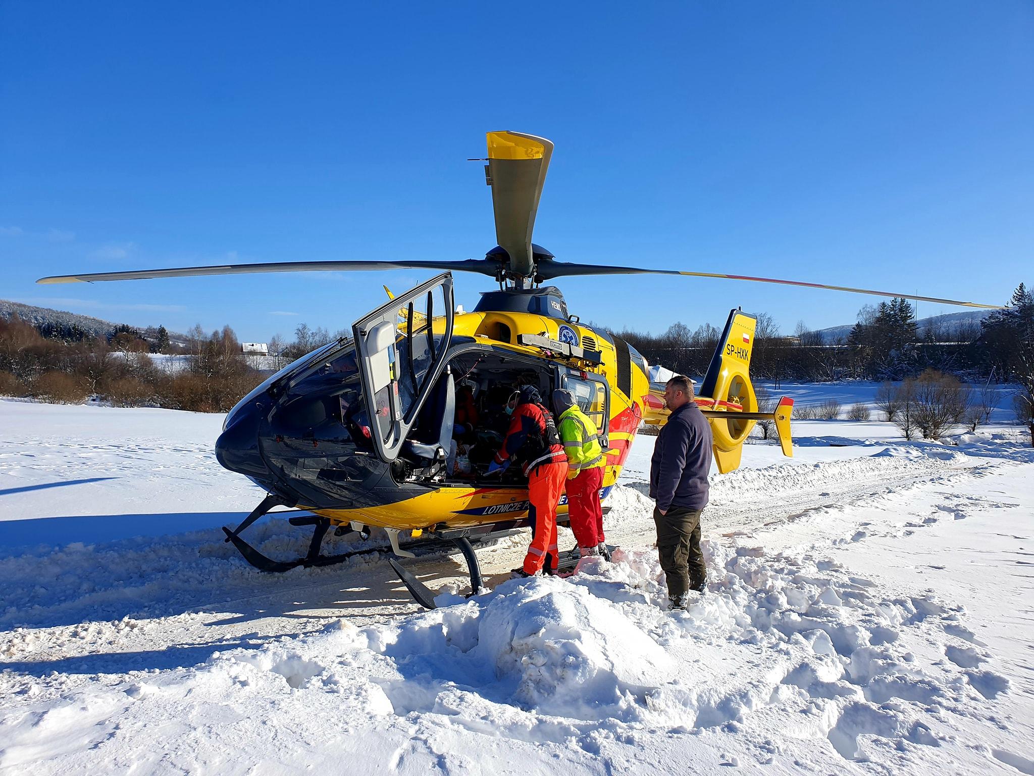 Ratownik 10 pomógł pacjentowi dotrzeć do Sanoka [ZDJĘCIA] - Zdjęcie główne