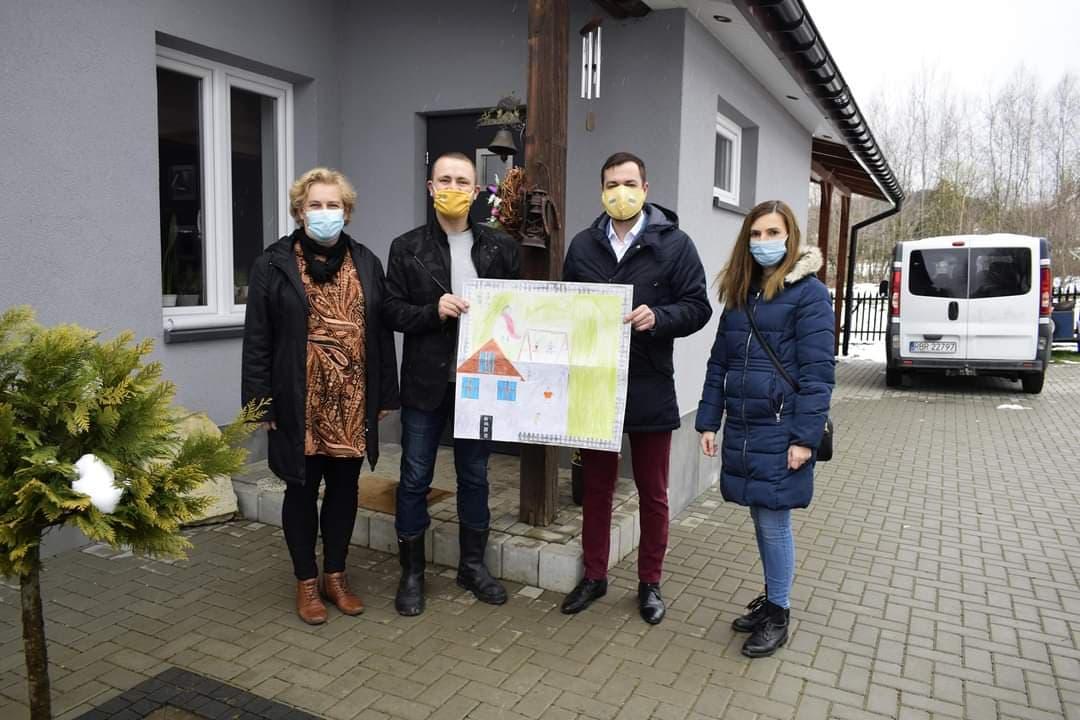 Stowarzyszenie Polska 2050 Szymona Hołowni buduje struktury w powiecie sanockim - Zdjęcie główne