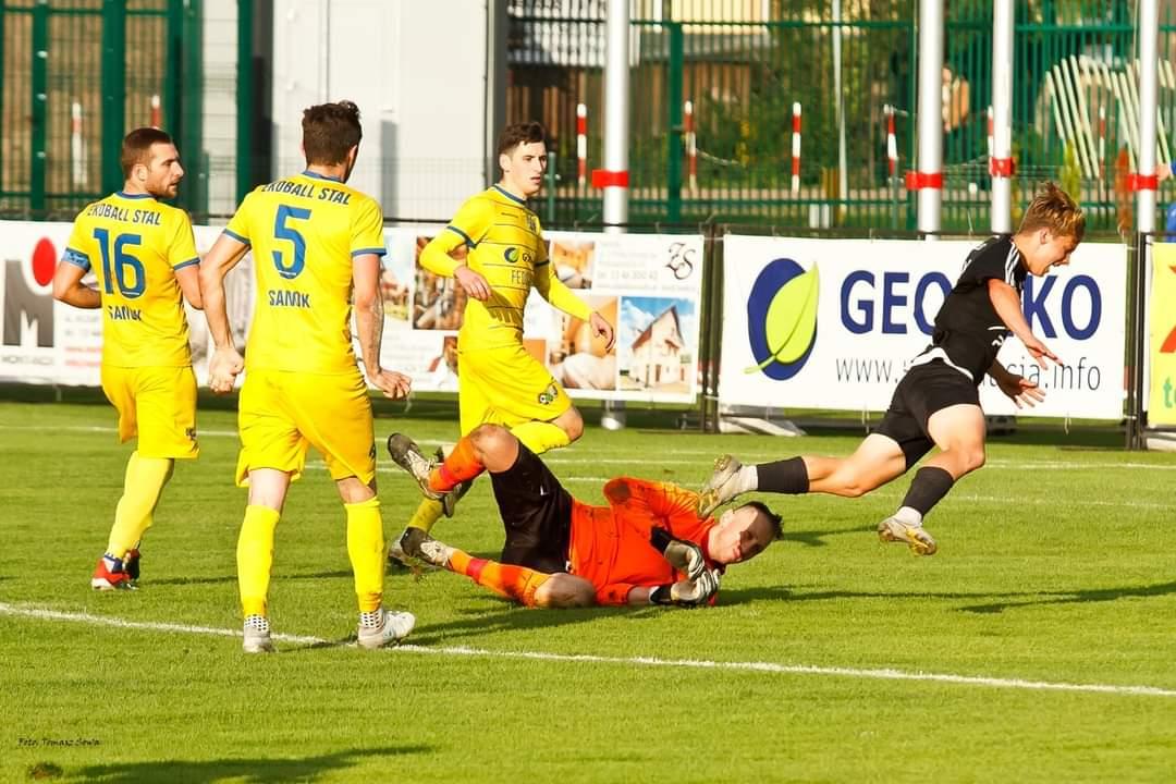 Ekoball zagra z Lechią Sędziszów o kolejne zwycięstwo w IV lidze [FOTO] - Zdjęcie główne