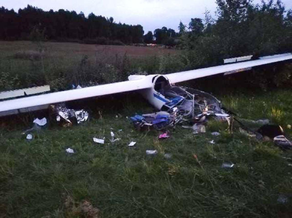 Wypadek szybowca podczas szkolenia. 18-latek z poważnymi obrażeniami - Zdjęcie główne