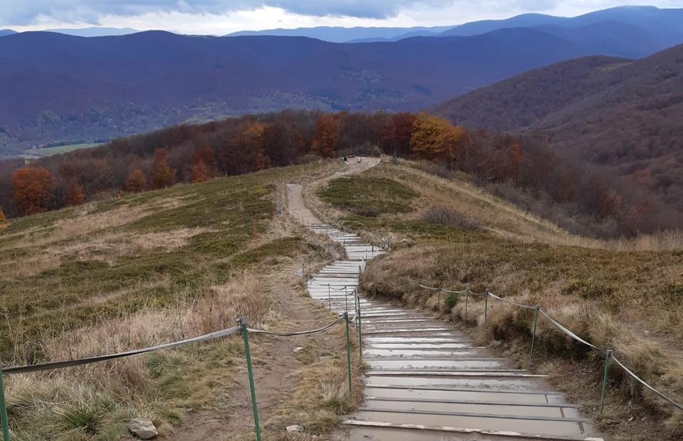 Bieszczady. Remonty na szlakach, czy będą nowe schody?  - Zdjęcie główne
