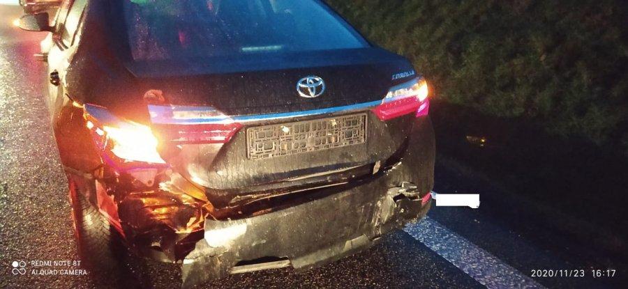 JASIENICA ROSIELNA: Pijany wyprzedzał kolumnę samochodów [FOTO] - Zdjęcie główne