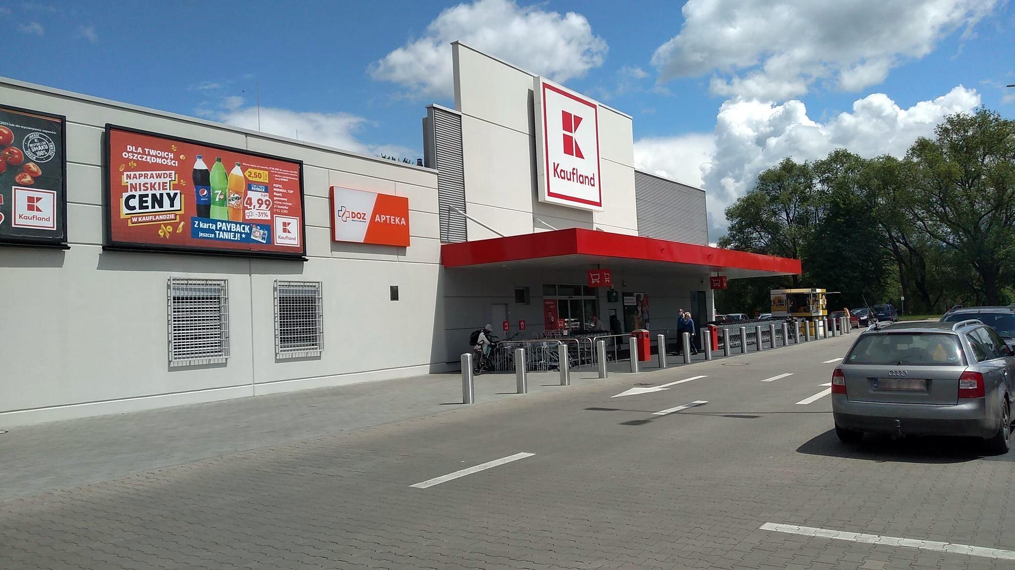 Usługi pocztowe we wszystkich sklepach Kaufland. Market będzie czynny w każdą niedzielę! - Zdjęcie główne