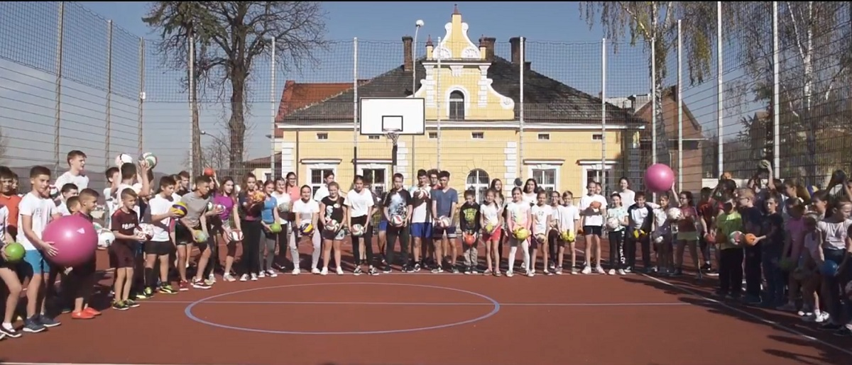 Uczniowie SP 8 promują sport. Zagłosuj na nich! VIDEO - Zdjęcie główne