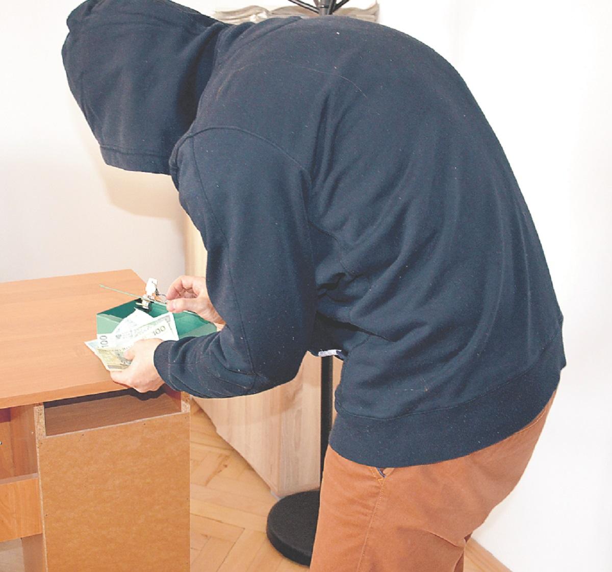 Po Sanoku grasują wybredni złodzieje - Zdjęcie główne