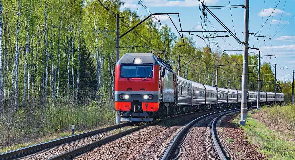 Od jutra wakacyjna zmiana rozkładu jazdy pociągów - Zdjęcie główne