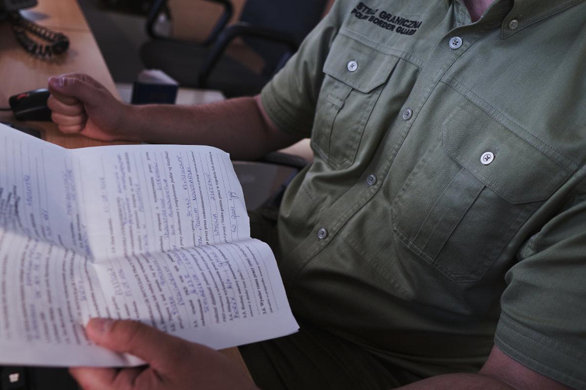 Cudzoziemcy fałszowali dokumenty dla pracy w Polsce - Zdjęcie główne