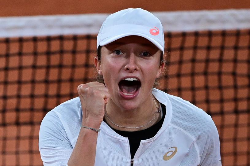 Polski huragan nad Paryżem. Iga Świątek w finale Roland Garros! - Zdjęcie główne