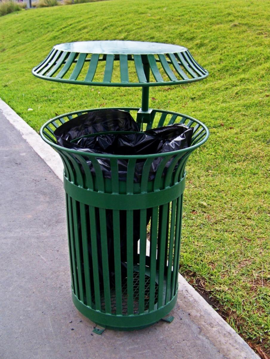 Ustrzyki Dolne: Apel burmistrza o właściwe wyrzucanie odpadów komunalnych - Zdjęcie główne