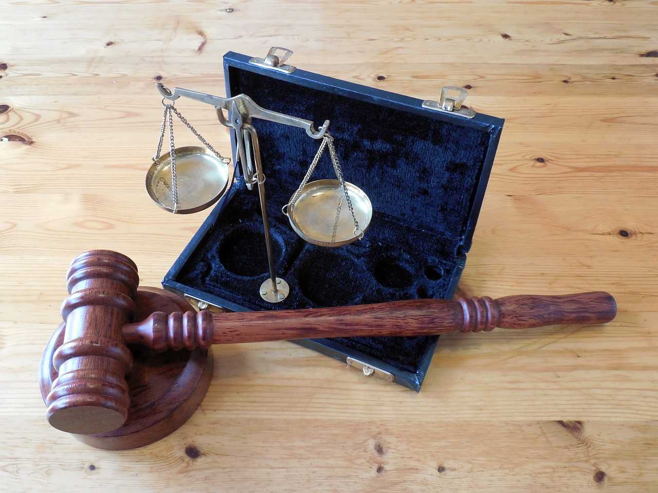 Skorzystaj z nieodpłatnej pomocy prawnej - Zdjęcie główne