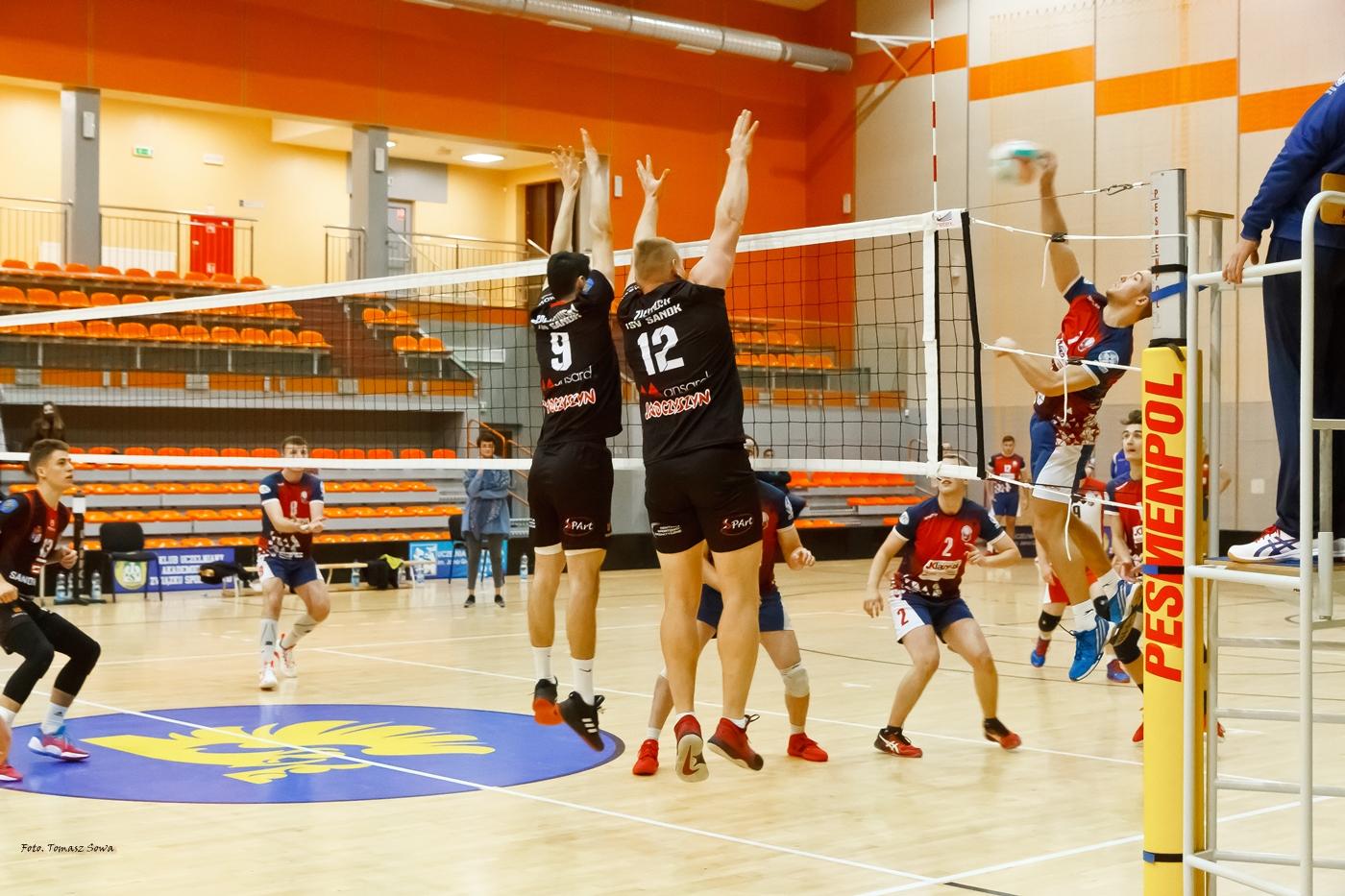 TSV Sanok gromi w I Lidze Podkarpackiej siatkówki [FOTORELACJA] - Zdjęcie główne