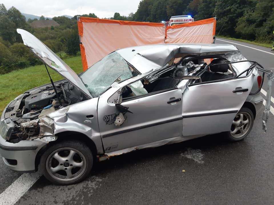 Tragiczny wypadek w Nowej Wsi. Nie żyje 17-latka [FOTO] - Zdjęcie główne