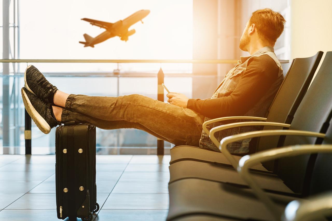 Od dziś nowe regulacje dotyczące połączeń lotniczych - Zdjęcie główne
