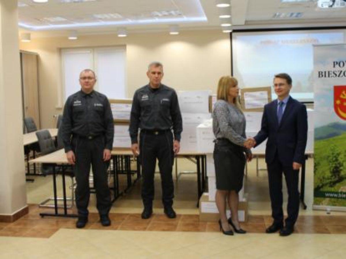 Zakład Karny w Łupkowie przekazał kolejną partię maseczek dla bieszczadzkich instytucji - Zdjęcie główne