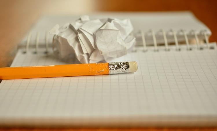 Surowce do produkcji papieru i inne rzeczy, które chcesz o nim wiedzieć - Zdjęcie główne