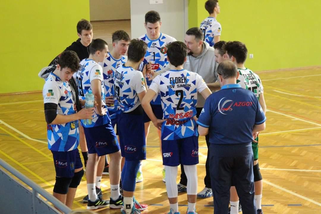 Juniorzy TSV Sanok lepsi od rówieśników z krośnieńskich Karpat - Zdjęcie główne