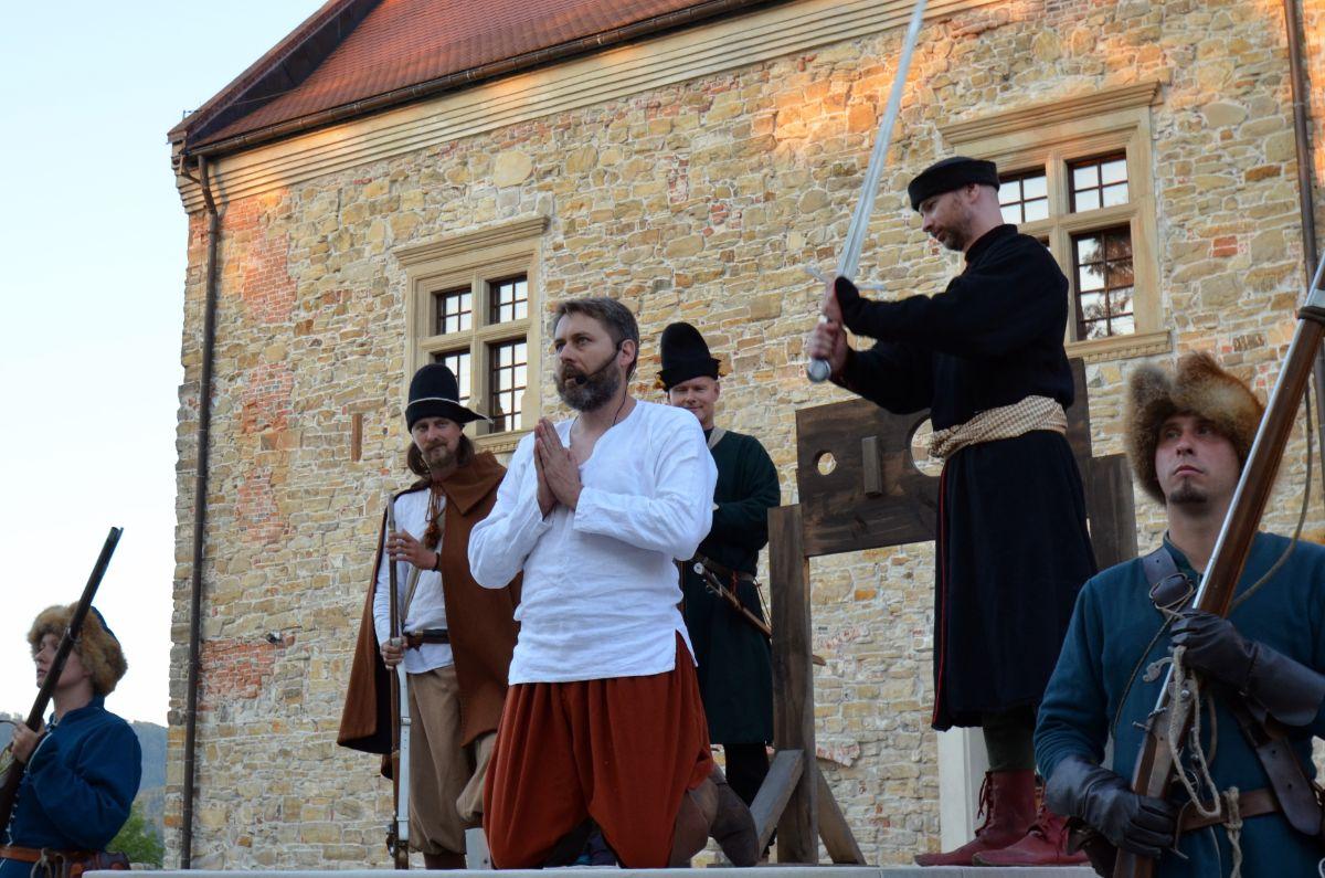 Odbicie Mikołaja Białoskórskiego z lochów sanockiego zamku [FOTO+VIDEO] - Zdjęcie główne