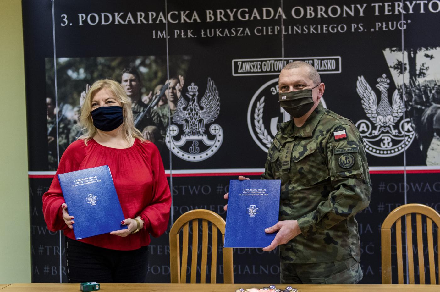 Porozumienie  o realizacji zajęć o tematyce wojskowej z LO w Dynowie - Zdjęcie główne