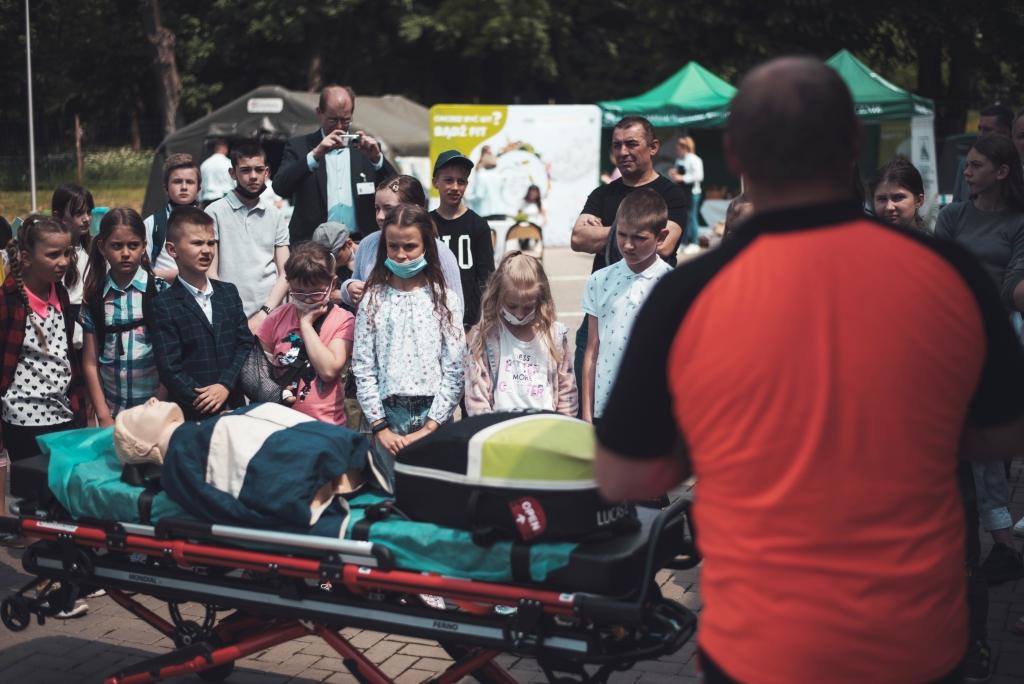 """""""Bezpiecznie na wsi mamy – od 30 lat z KRUS wypadkom zapobiegamy"""" - podsumowanie konkursu dla dzieci [ZDJĘCIA] - Zdjęcie główne"""