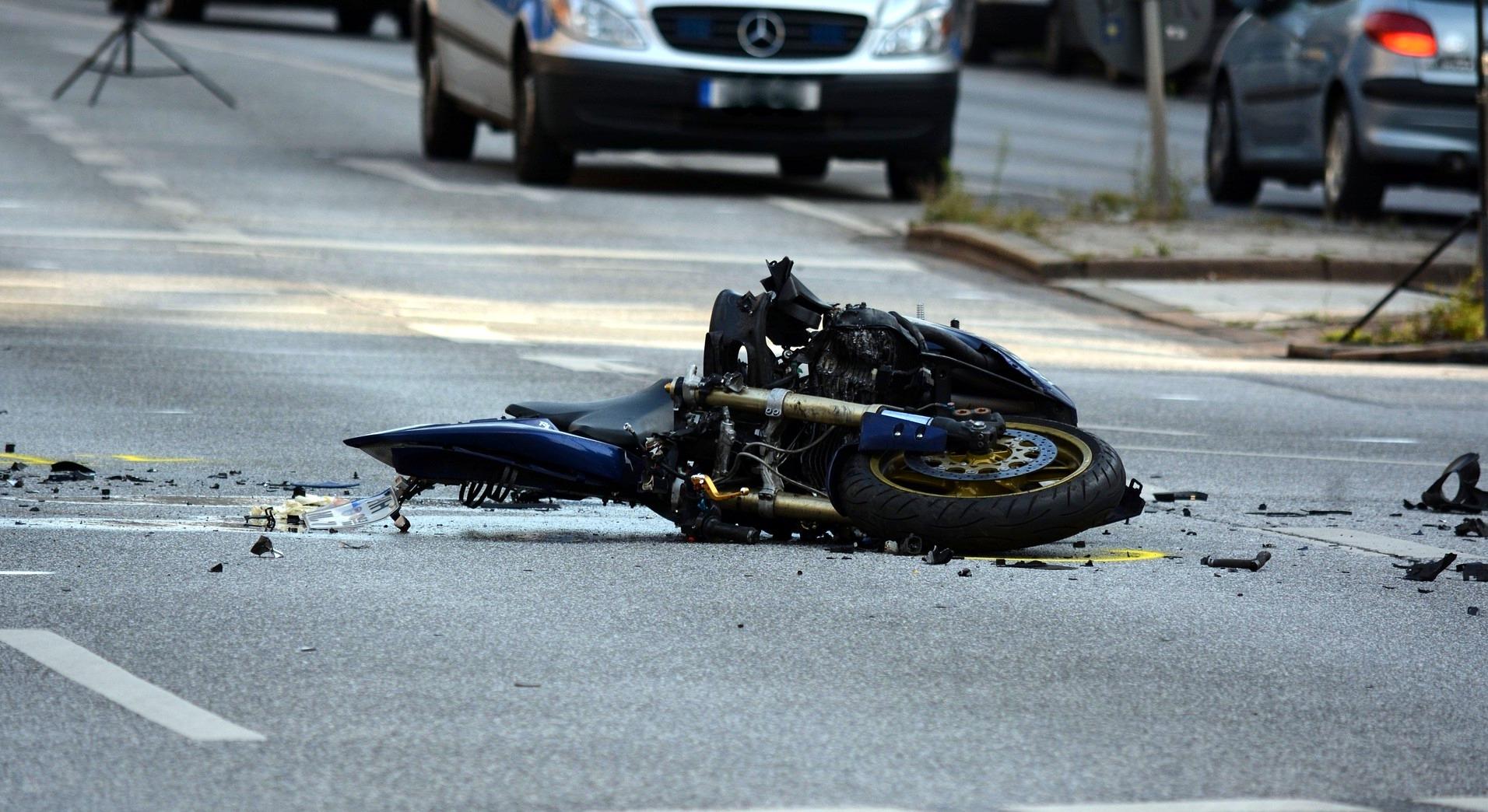 OBARZYM: Śmierć na drodze. Motocyklista zmarł na miejscu - Zdjęcie główne