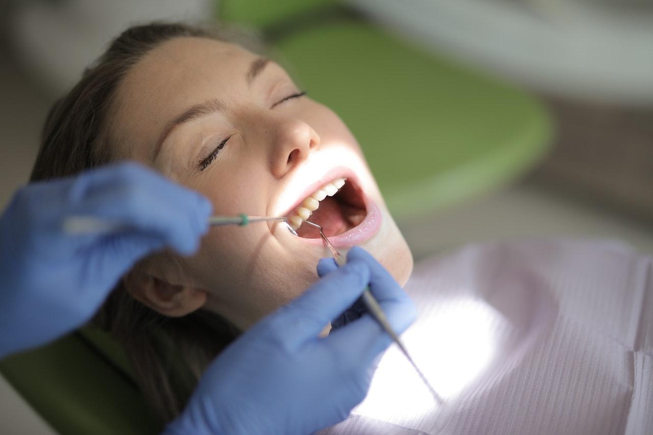 TOP 10 najlepiej ocenianych stomatologów na Podkarpaciu. Zobacz ranking - Zdjęcie główne