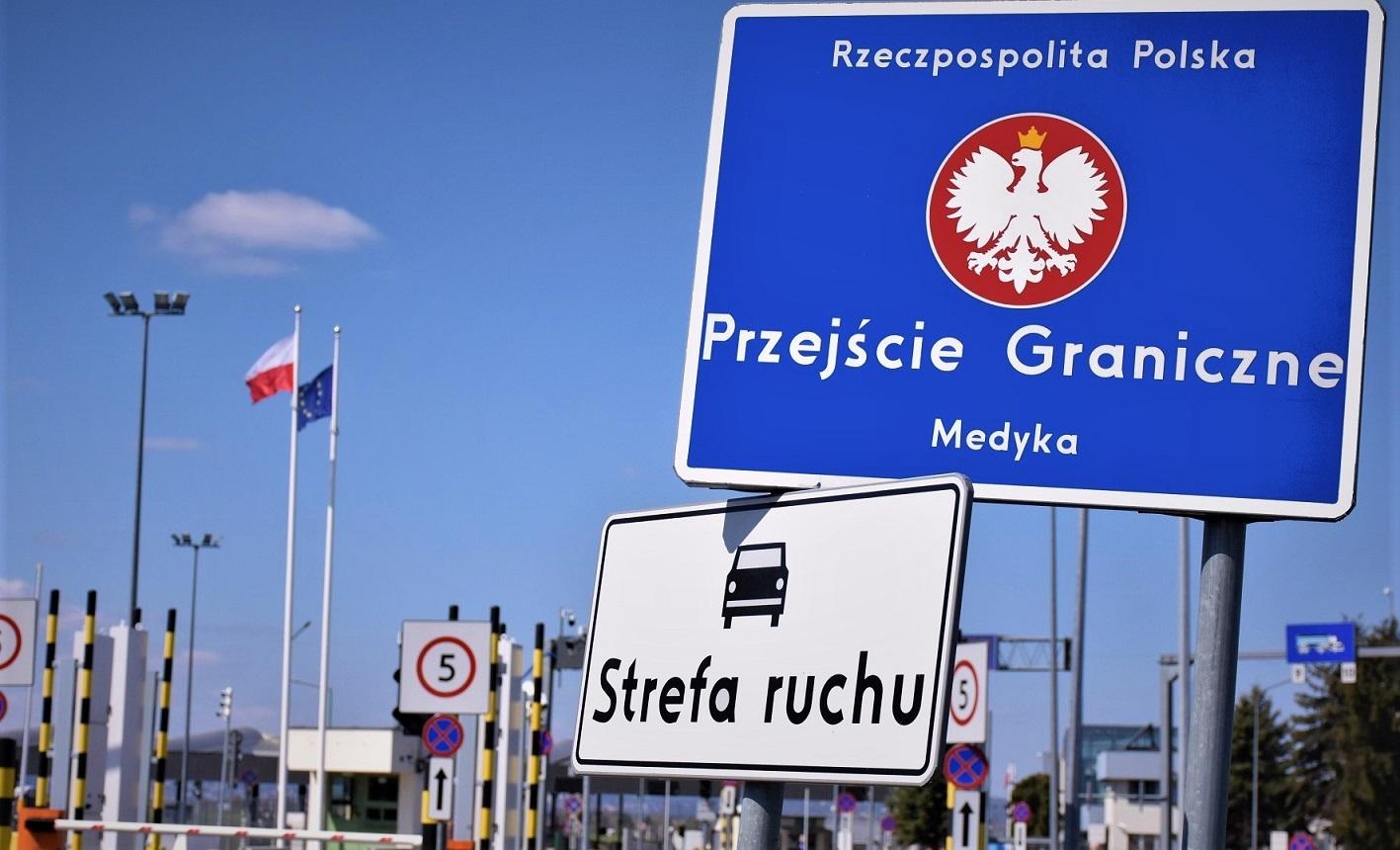 Wznowiono odprawy dla pieszych na przejściu granicznym w Medyce  - Zdjęcie główne
