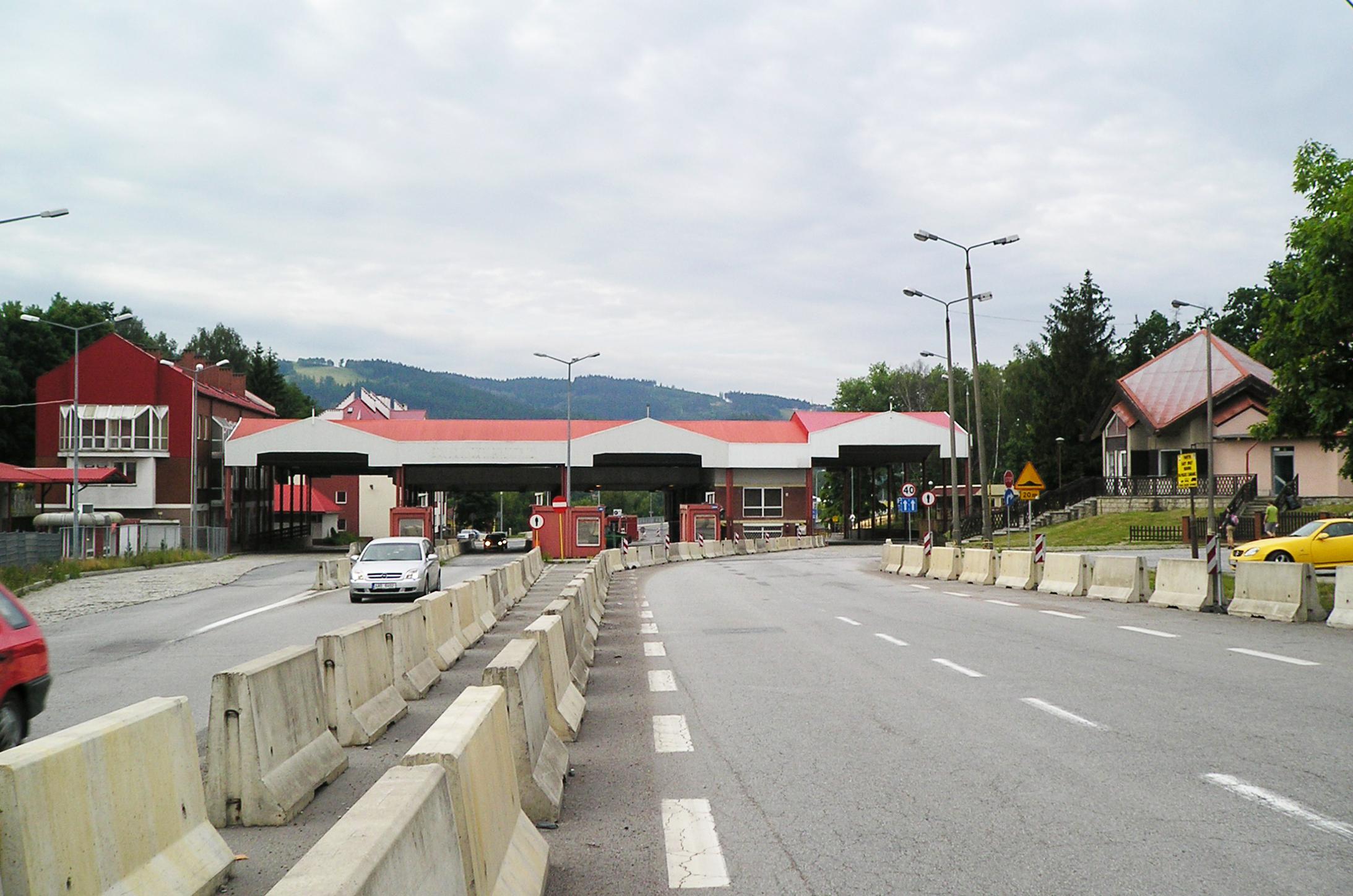 Od piątku przekraczanie granicy Słoweńskiej bez kwarantanny - Zdjęcie główne