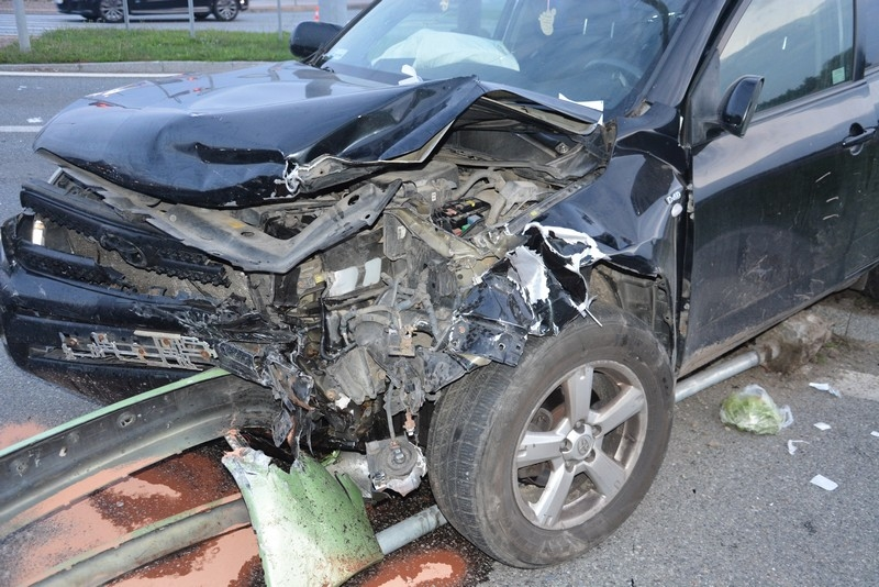 REGION: 3 osoby poszkodowane w wypadku drogowym [FOTO] - Zdjęcie główne