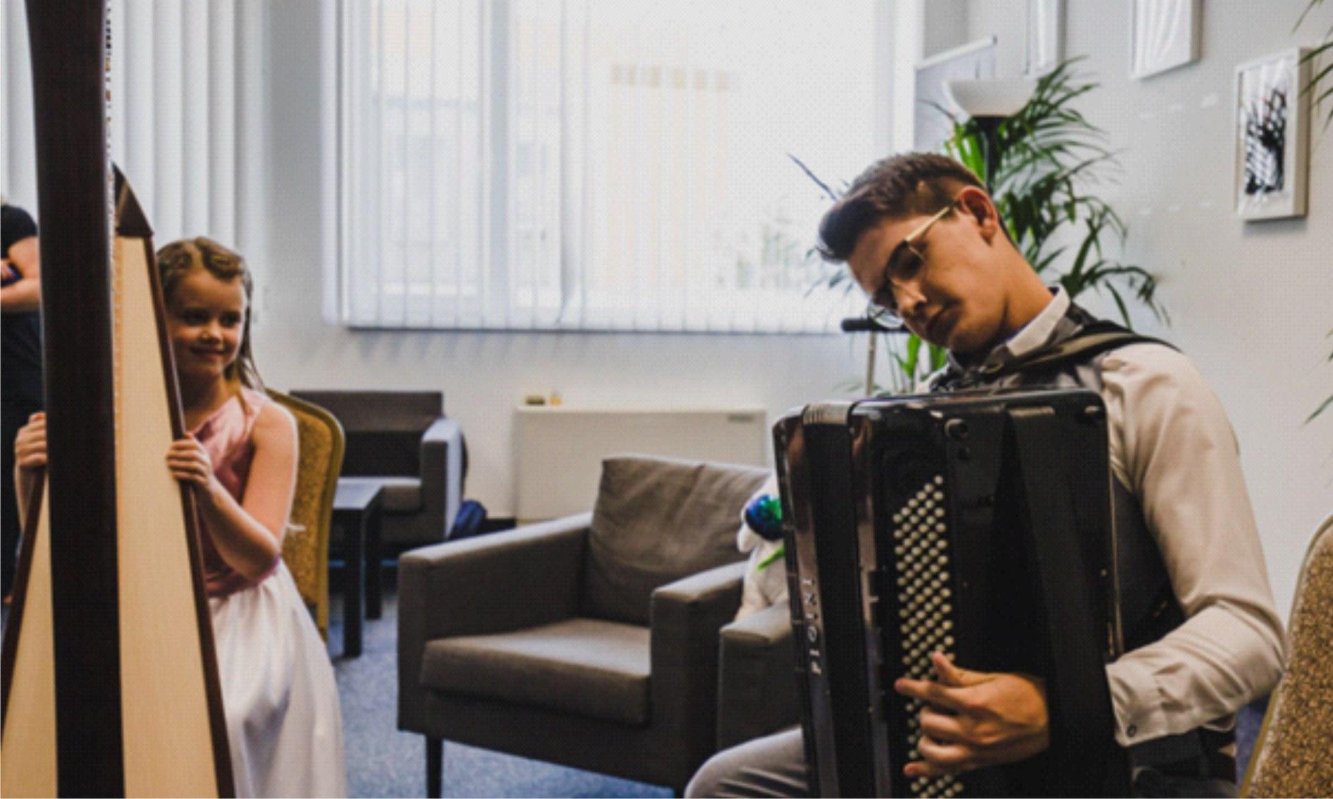 Akordeonista Dawid Siwiecki gwiazdą Międzynarodowego Talent Show - Zdjęcie główne