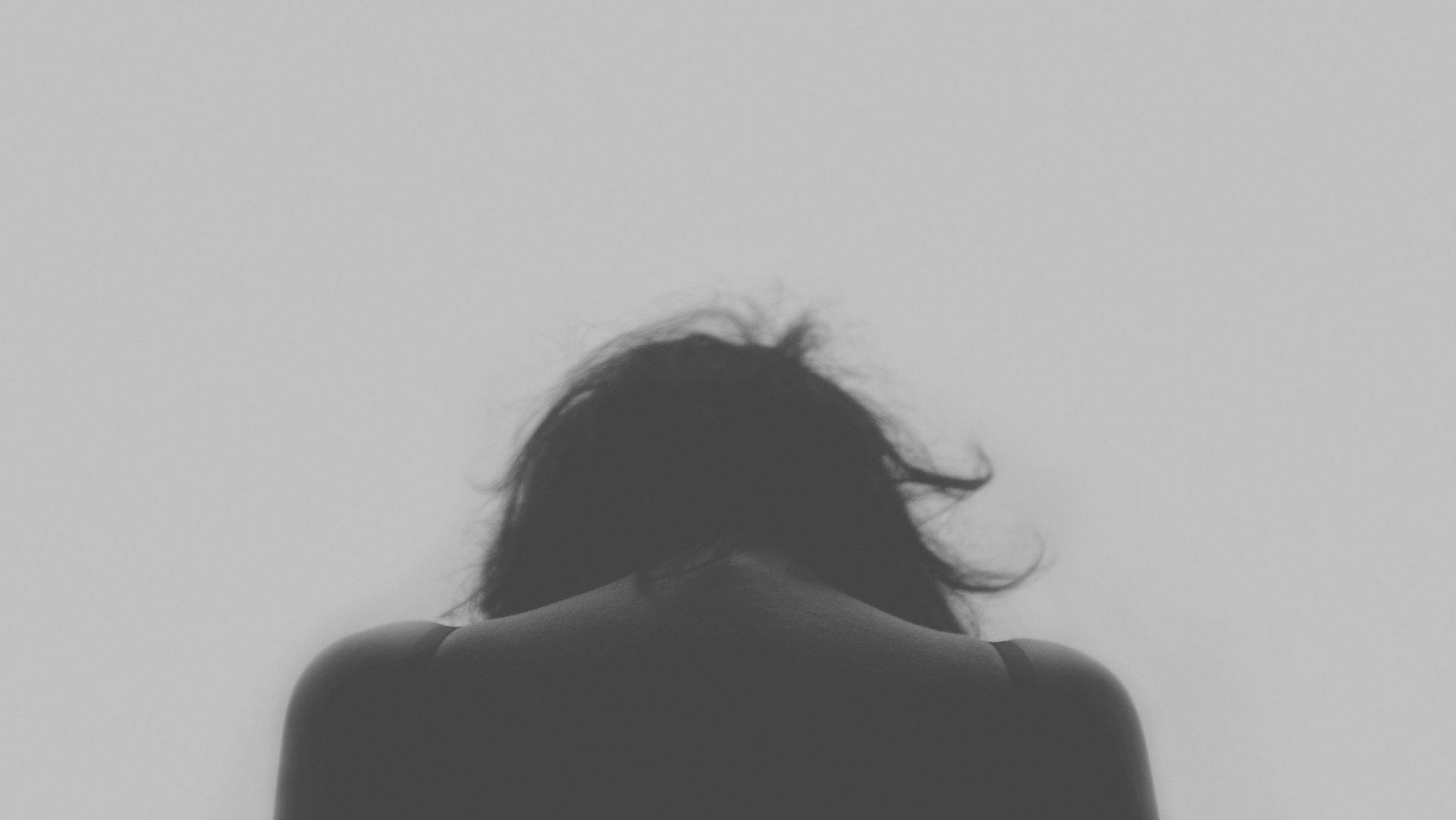 Psychologowie biją na alarm! Czeka nas lawina samobójstw - Zdjęcie główne