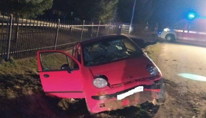 Pijany uciekł z miejsca zdarzenia zostawiając bez pomocy rannego pasażera [ZDJĘCIA] - Zdjęcie główne
