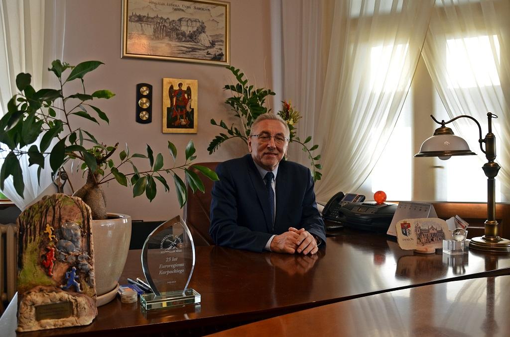 Burmistrz Tadeusz Pióro: Nie mamy się czego wstydzić - Zdjęcie główne