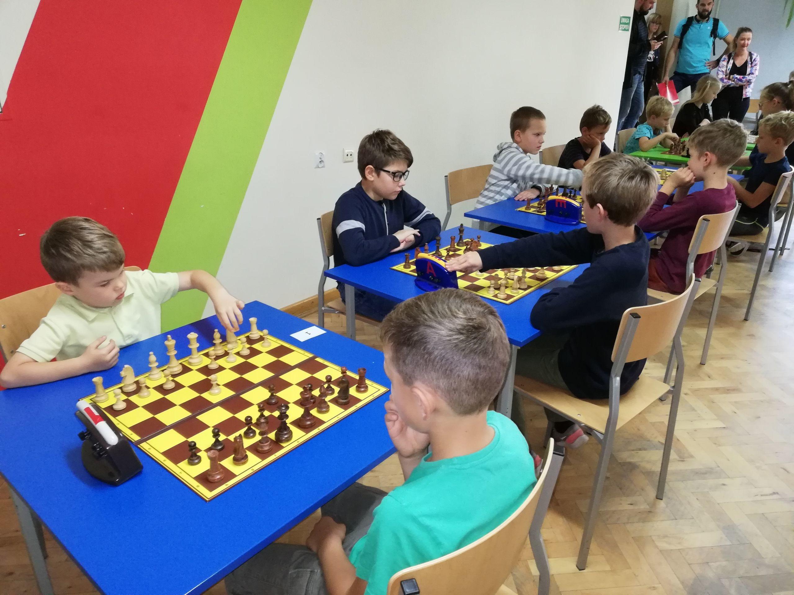 """Turnieje szachowe o """"Złotą Wieżę""""  - Zdjęcie główne"""