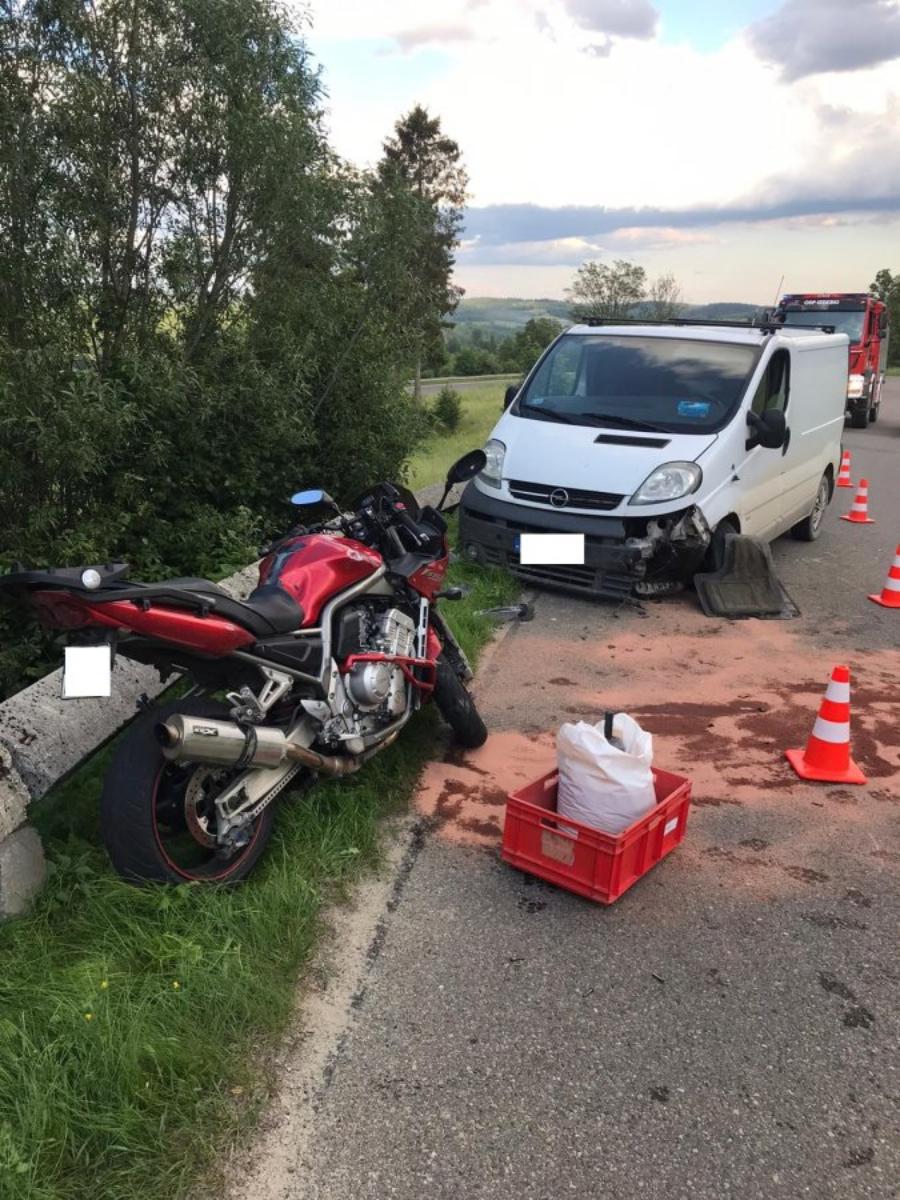 IZDEBKI: Wypadek z udziałem motocyklisty [FOTO] - Zdjęcie główne