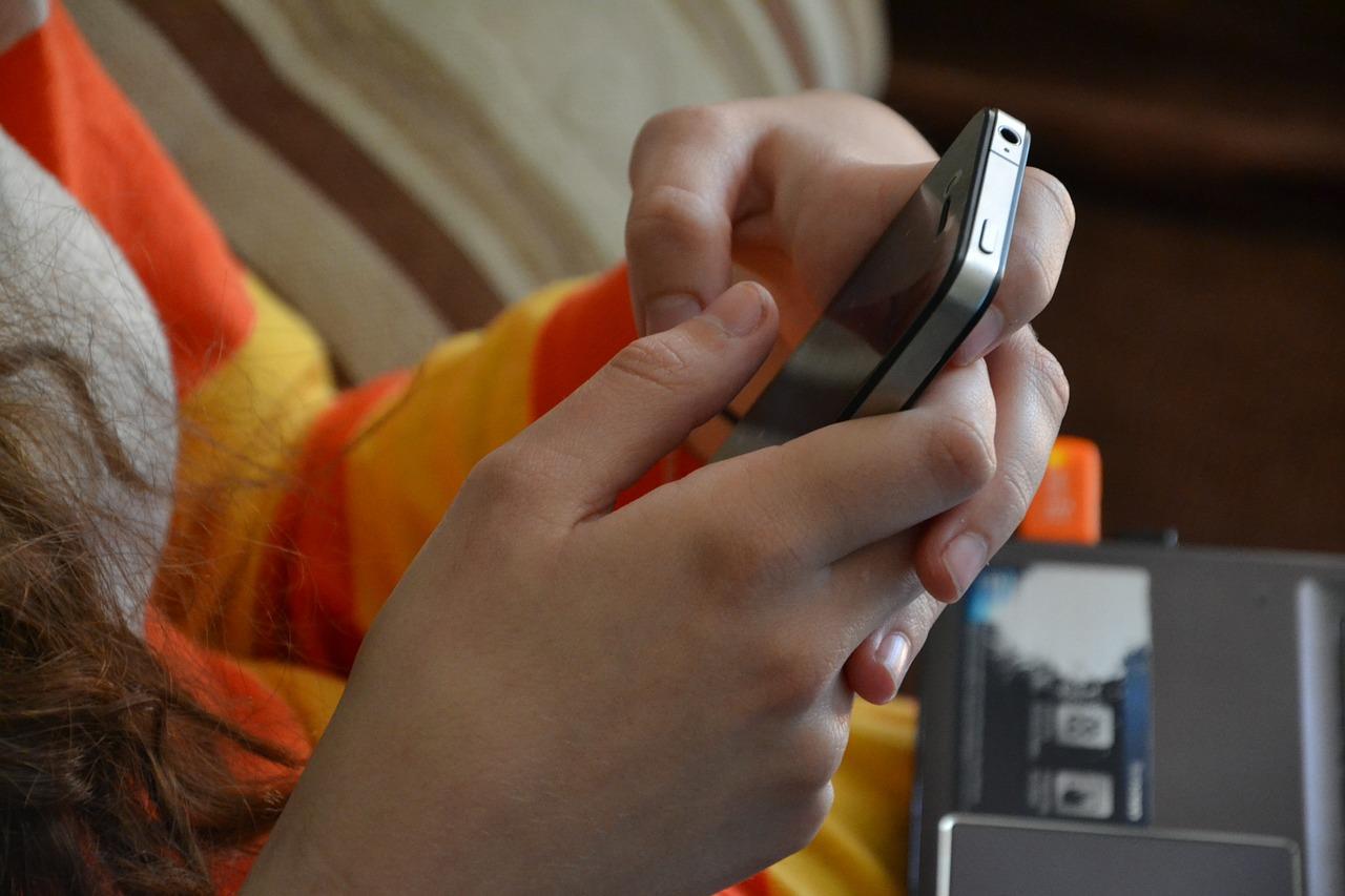 Pomoc w kwarantannie w postaci aplikacji mobilnej - Zdjęcie główne