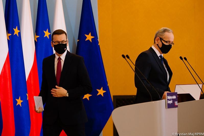 Prof. Andrzej Horban: - Jesteśmy blisko wydania decyzji o zakazie przemieszczania się przed świętami! - Zdjęcie główne