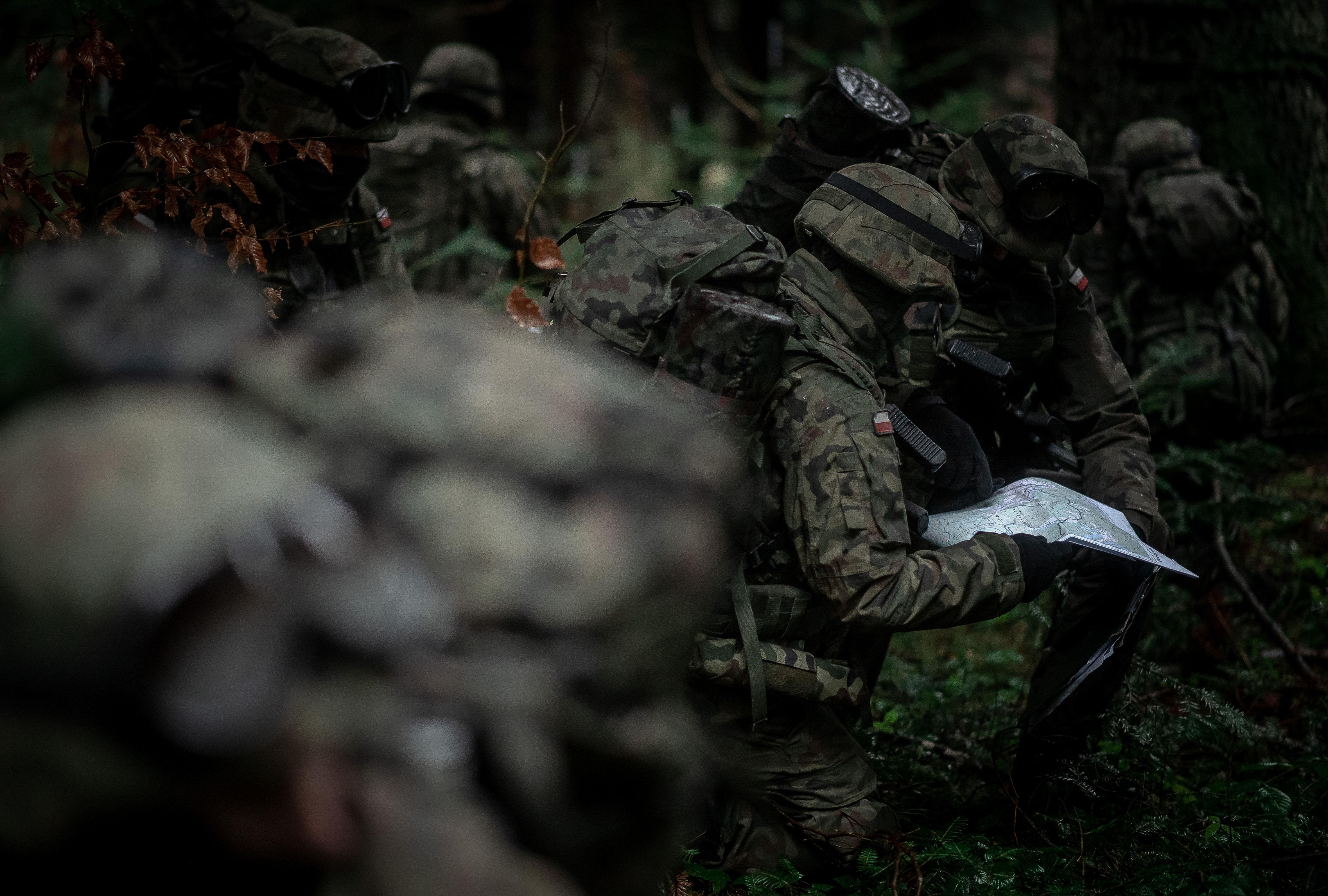 Działania w terenie leśnym żołnierzy sanockiego batalionu WOT [ZDJĘCIA] - Zdjęcie główne