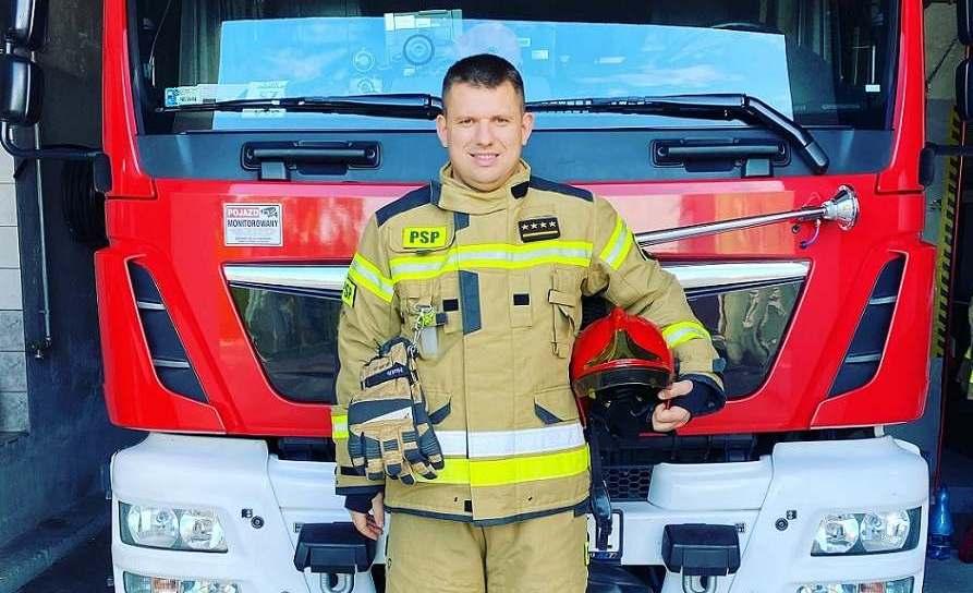 """""""Żona zawsze wierzy, że wrócę do domu cały i zdrowy"""" - wywiad ze strażakiem - Zdjęcie główne"""