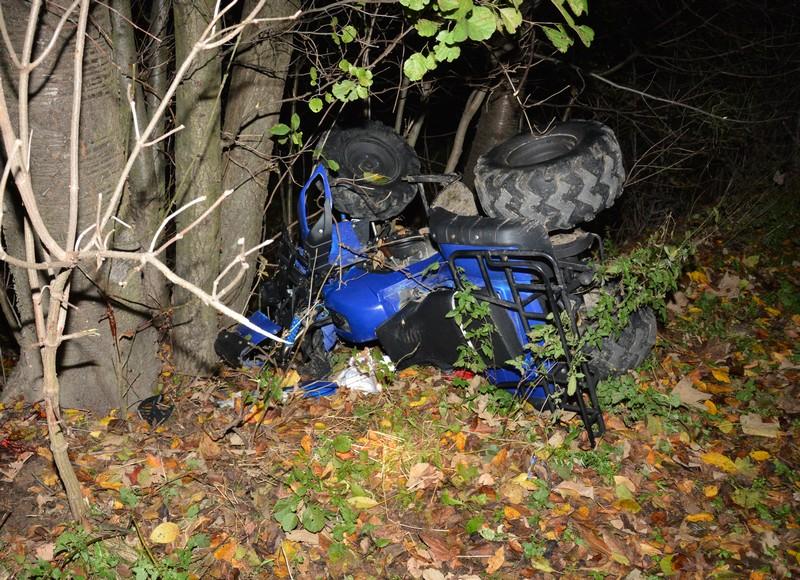REGION: 18-latka wjechała quadem w drzewo. Na miejscu trwała reanimacja! [FOTO] - Zdjęcie główne
