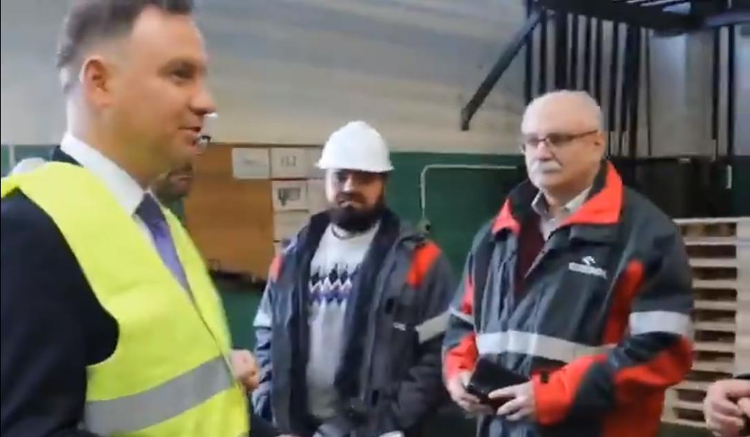 Z PODKARPACIA. Prezydent Duda odwiedził fabrykę płynu dezynfekującego w Jedliczu [VIDEO] - Zdjęcie główne