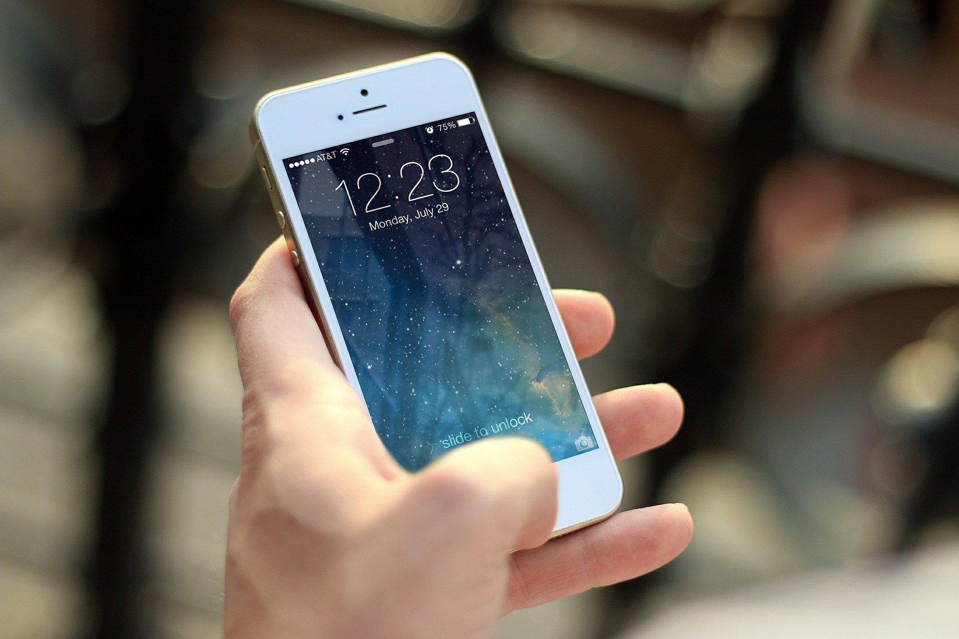 Uwaga na fałszywe sms-y!  - Zdjęcie główne