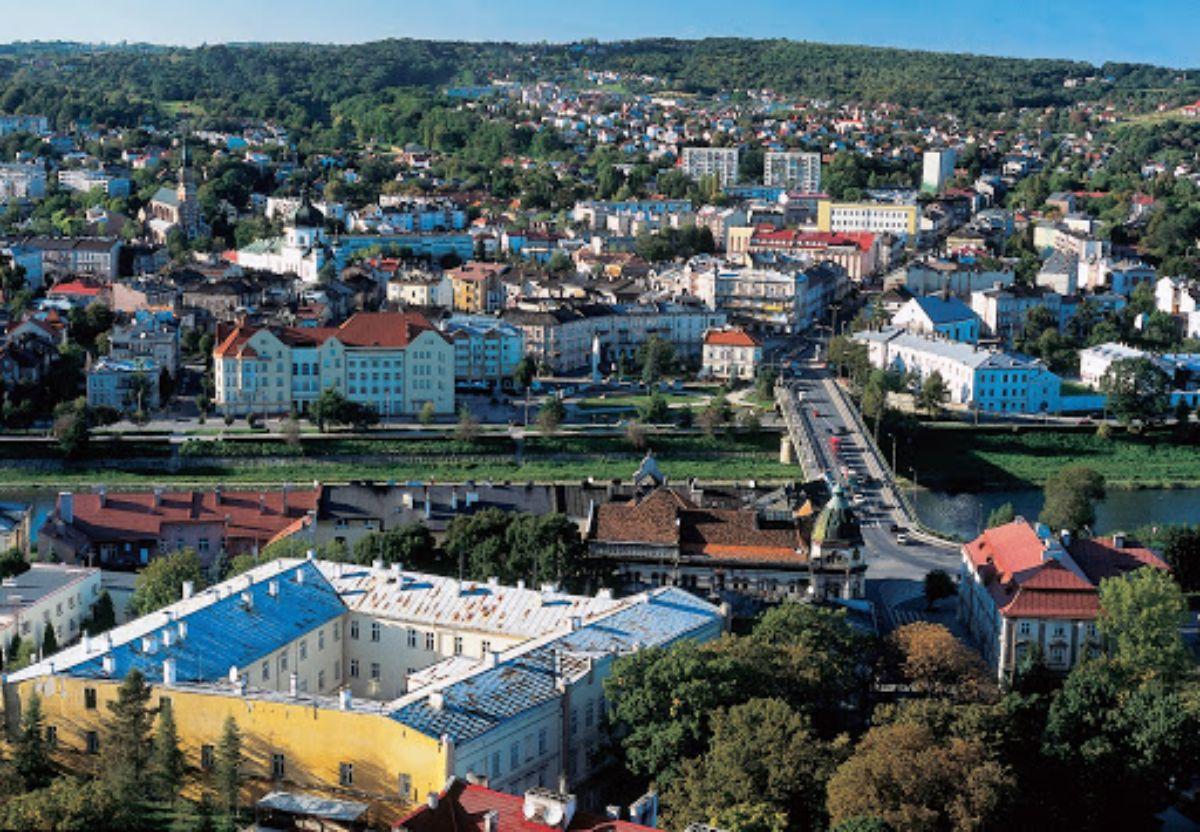 PRZEMYŚL: Nowe zakażenia SARS-CoV- 2 w mieście i powiecie  - Zdjęcie główne