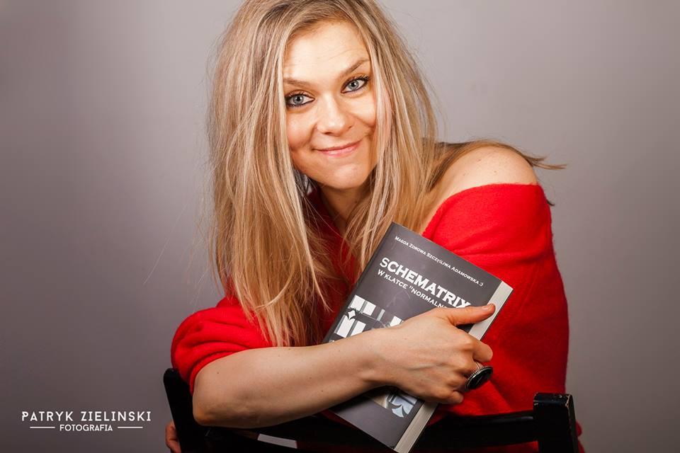 """Spotkanie autorskie w Autorskiej. Magda Adamowska opowie o swojej książce """"Schematrix"""" [WIDEO] - Zdjęcie główne"""