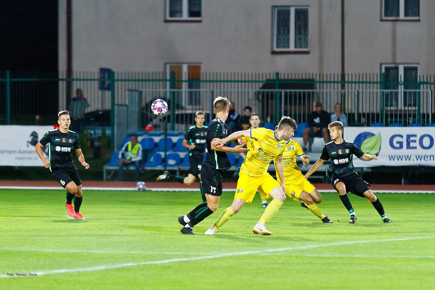 Ekoball wygrywa trzeci mecz na własnym stadionie - Zdjęcie główne