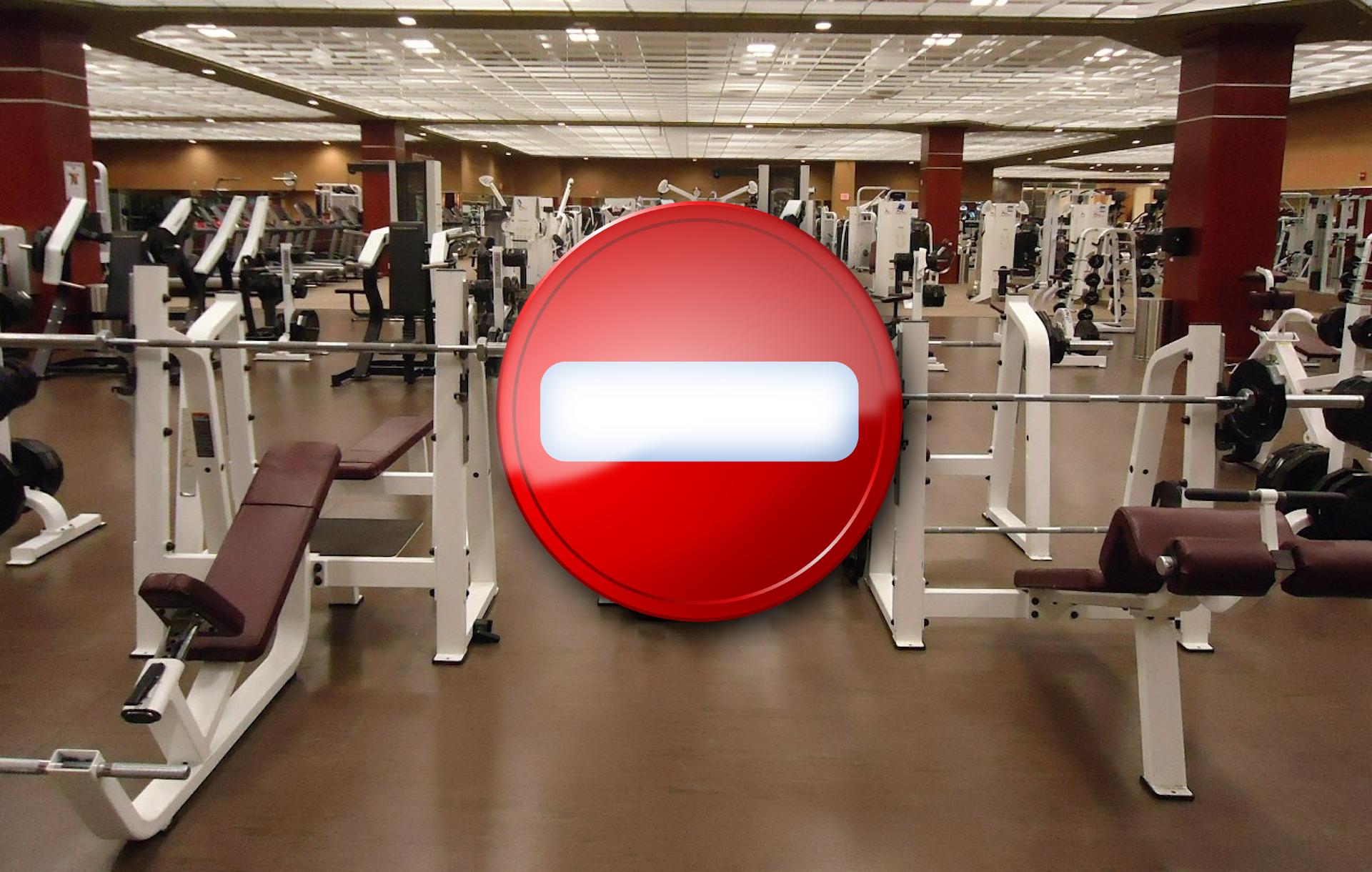 Ministerstwo Zdrowia: Nie możemy pozwolić sobie na otwarcie restauracji, siłowni i klubów fitness - Zdjęcie główne