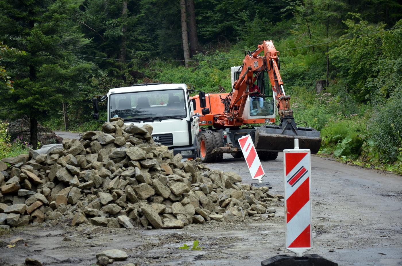 Ruszyły prace nad przebudową drogi do Lisznej! [ZDJĘCIA] - Zdjęcie główne