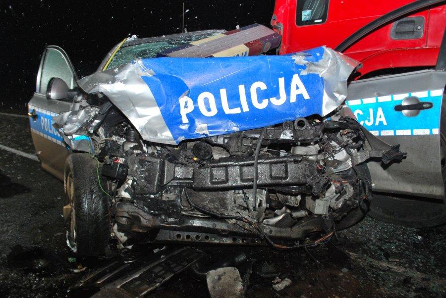 Nocny pościg za kierowcą volkswagena [FOTO] - Zdjęcie główne