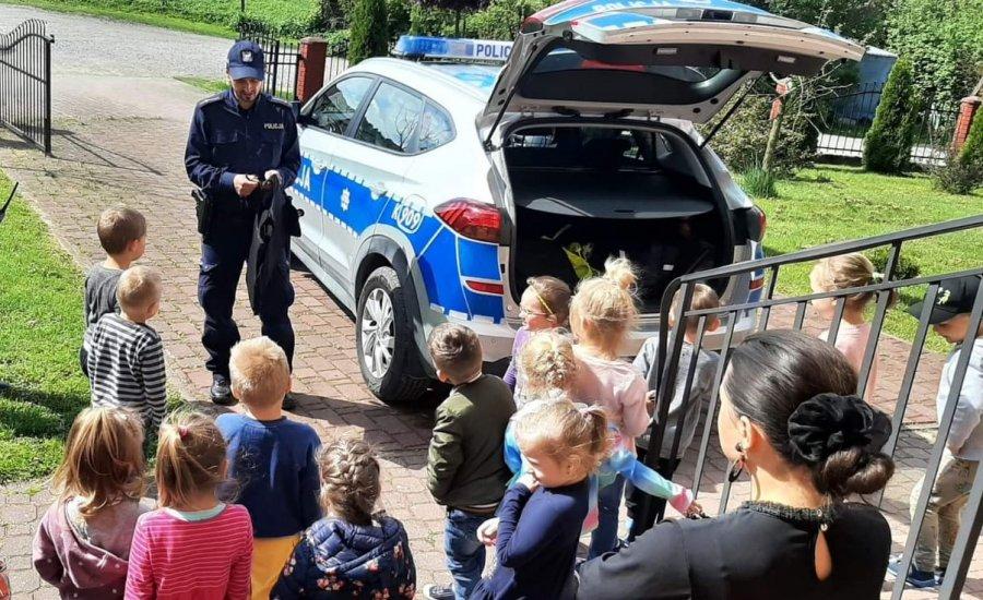 Sanocka Policja edukuje najmłodszych w zakresie bezpieczeństwa [ZDJĘCIA] - Zdjęcie główne
